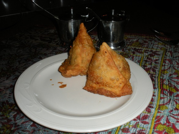 SaMo high: Chandni's samosas
